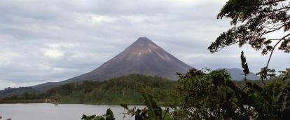 Volunteers visit Arenal volcano in their free time while volunteering in Costa Rica